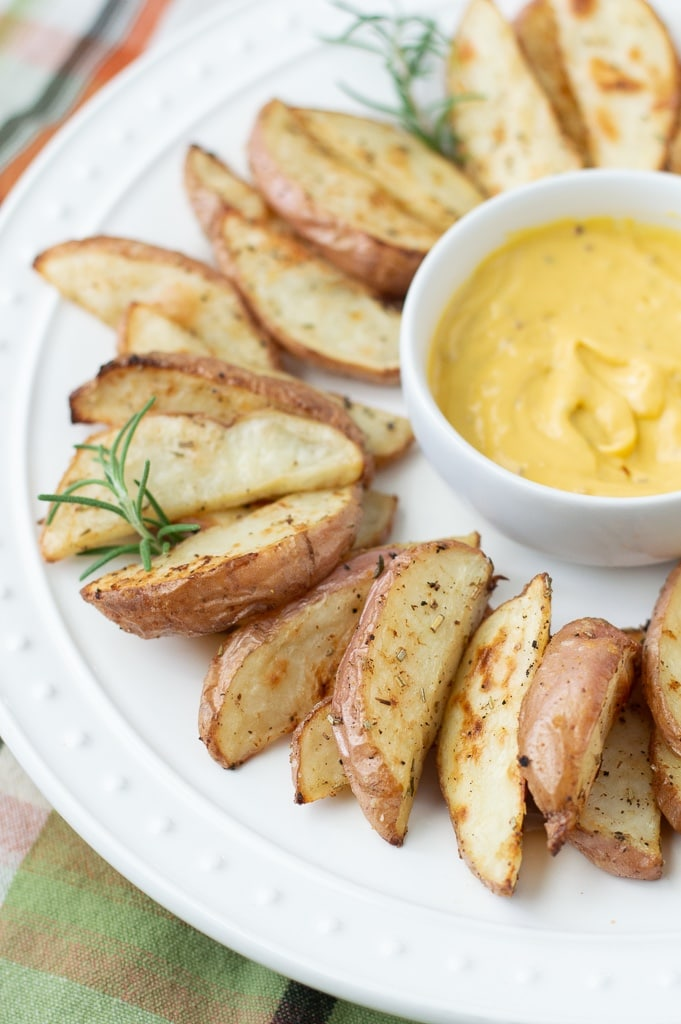 What to serve with roasted potato wedges