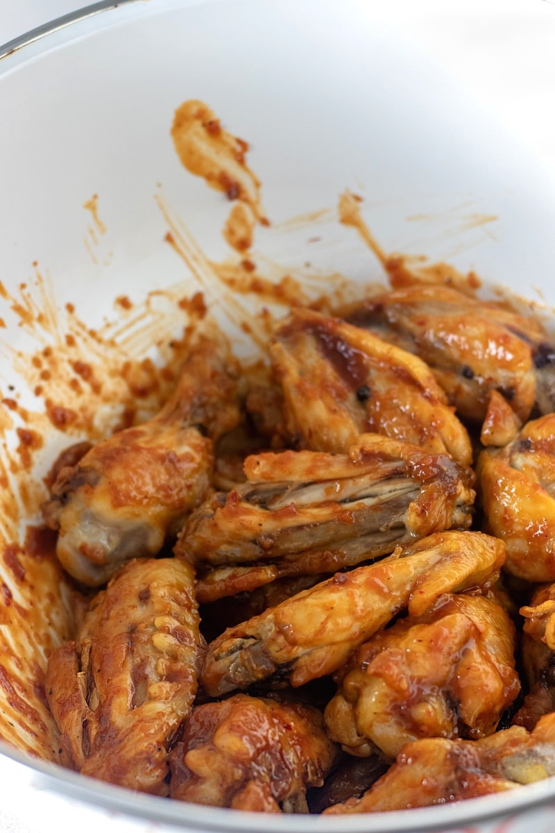 Baked chicken wings tossed in ⅓ cup of honey chipotle barbecue sauce.