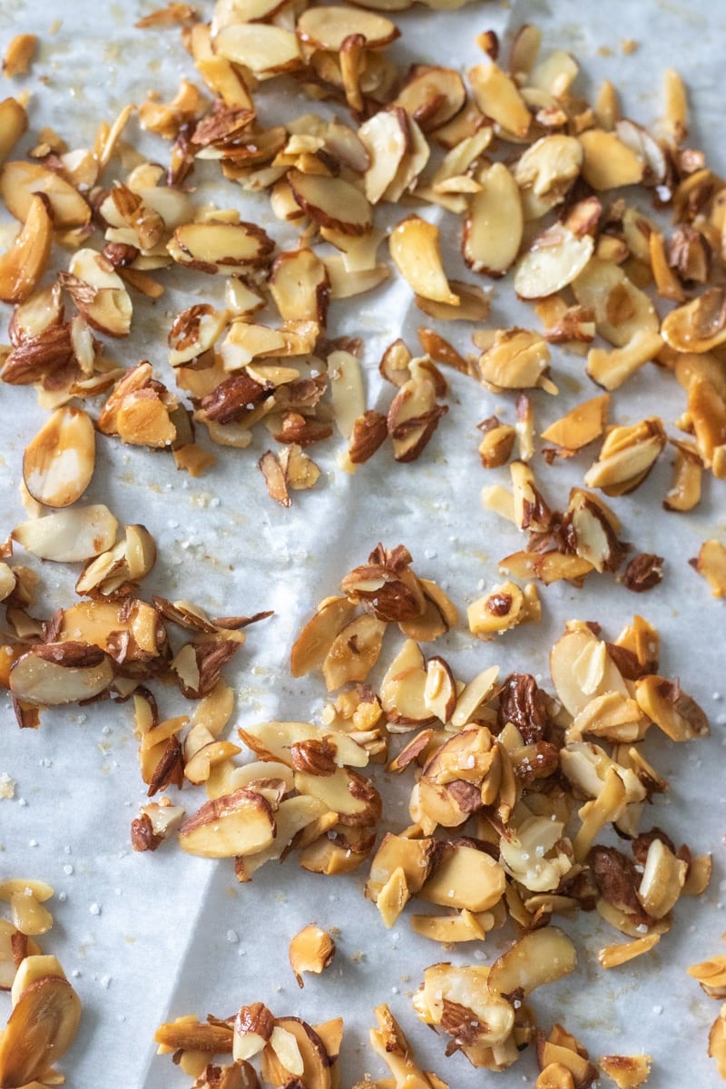 How to make sliced honey roasted almonds with a refined sugar free option.
